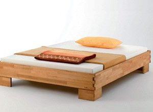 Massivholz Bett CASTELLO Buche geölt 180 x 200