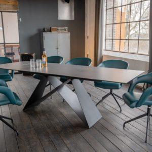 KAWOLA Essgruppe 7-Teilig Tisch BENNO dunkelgrau mit 6x Stuhl SWIRL Kunstleder blau