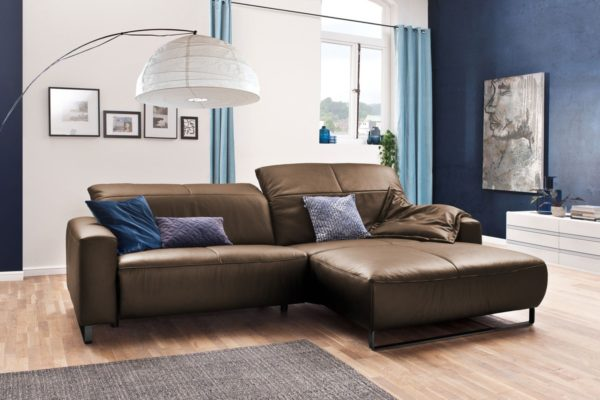 KAWOLA Sofa YORK Leder Life-line nougat Recamiere rechts Fuß Metall schwarz