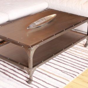 Couchtisch RIKA Beistelltisch rollbar Metall grau 134x43x71cm im vintage Industriedesign
