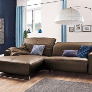 KAWOLA Sofa YORK Leder Life-line nougat Rec links Fuß Metall Chrom matt mit Sitztiefenverstellung